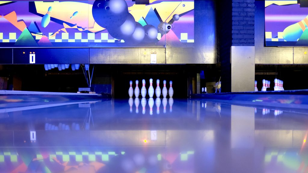 best bowling alleys