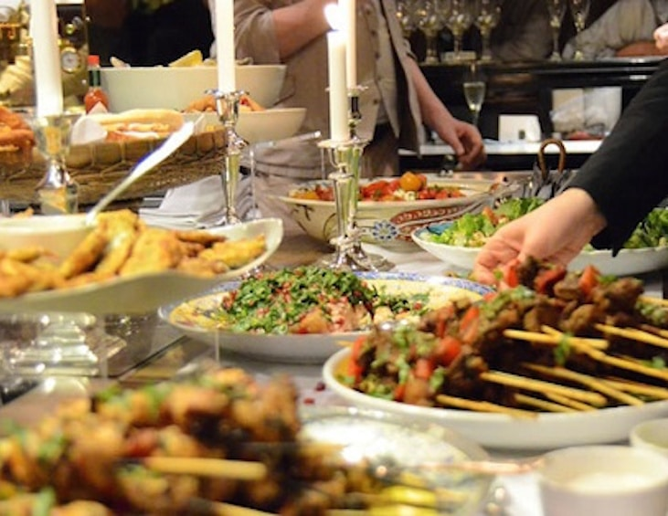 Pomegranate Kitchen Cooks for Syria at Thanksgiving Feast