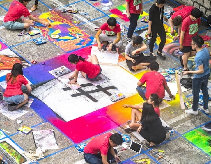 events-whats-on-what-to-do-scad-sidewalk-arts-festival